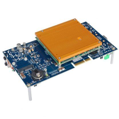 121004-KT COM Express Module, Heatsink, and Carrier Board with Standoffs