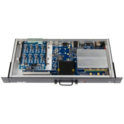 Application Example: Relio R4 with No Internal Cables